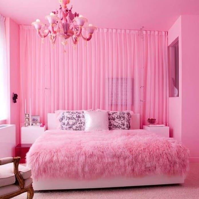 camera luci rosa